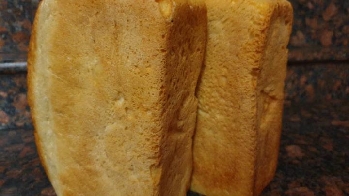 Сразу на 10 тенге подорожал хлеб в магазинах Шымкента