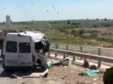 Из-за столкновения «Камаза» и микроавтобуса погибли люди в Туркестанской области