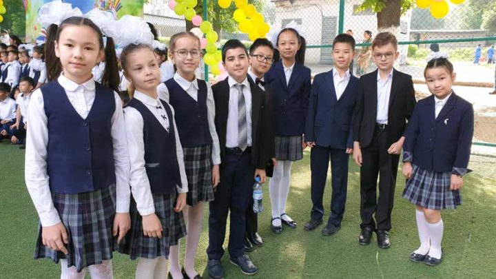 Торжественные линейки в школах Казахстана пройдут 1 сентября