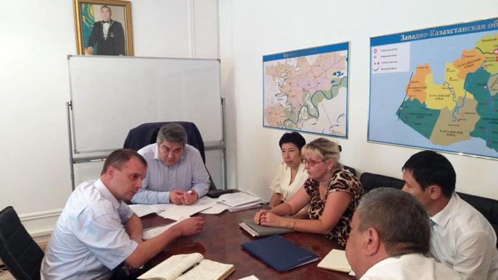 Общественные активисты предлагают проводить ротацию руководителей в госучреждениях Казахстана