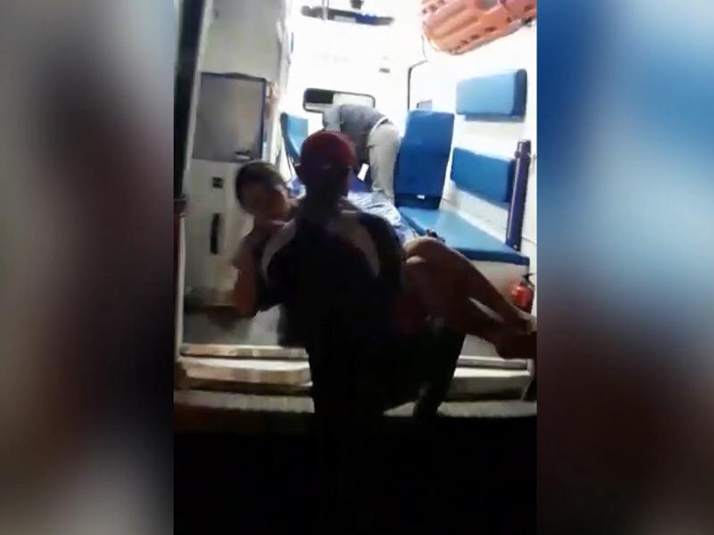 Женщина родила сына в полицейской машине в Туркестанской области