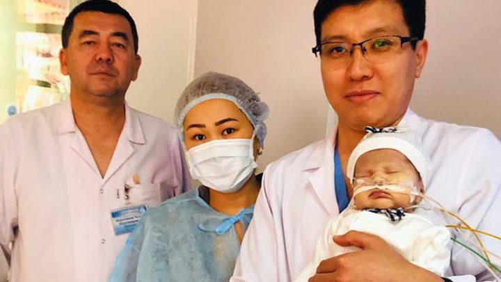 Пятичасовую операцию на открытом сердце провели новорожденной в Шымкенте