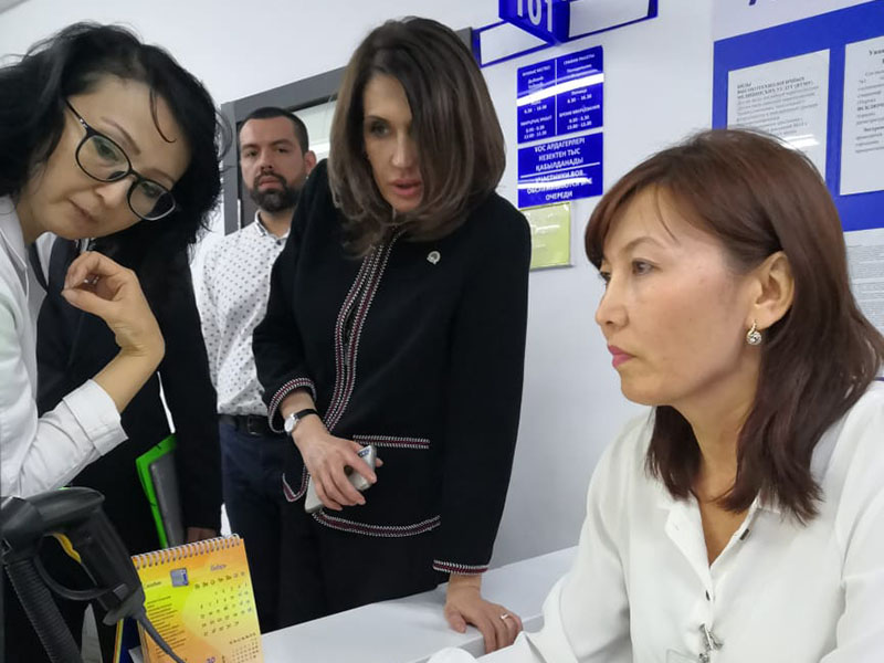 Комиссия из столицы проверила внедрение ОСМС в больницах Алматы