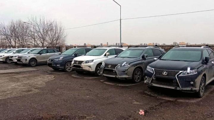 Контрабандные внедорожники задержаны на таможне в Туркестанской области