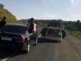 Студенты из Шымкента развлекались в кортеже в Туркестанской области