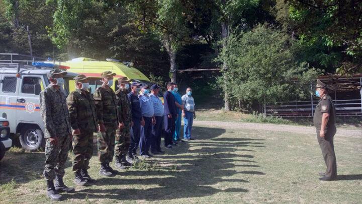 В ущелье «Бургулюк» Туркестанской области спасают двух школьников