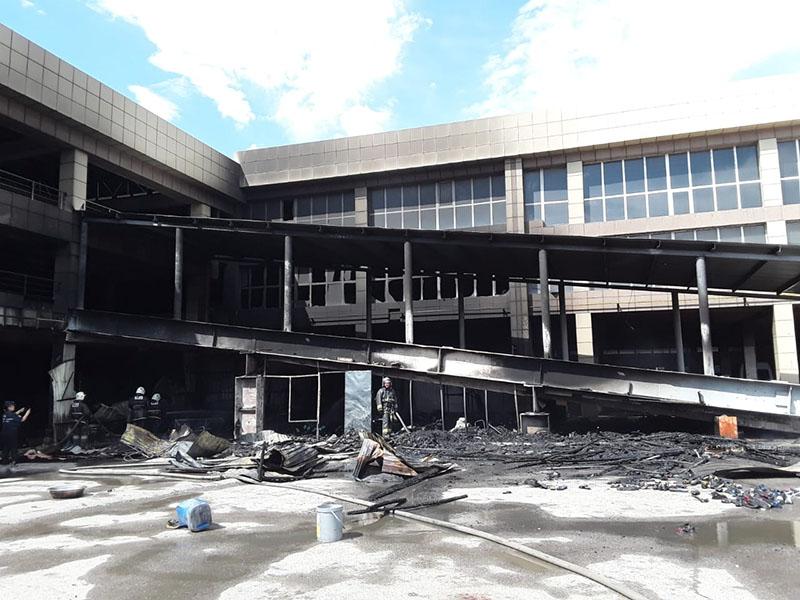Обувные бутики горели около рынка «Бекжан»