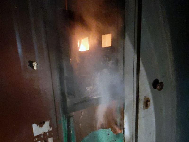 Из-за возгорания электрощитов эвакуировали жителей многоэтажки в Шымкенте
