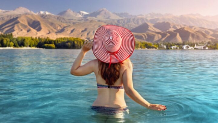 Казахстанцам разрешили отдыхать на Иссык-Куле
