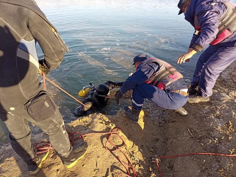 Двое суток спасатели искали тело утонувшего мужчины