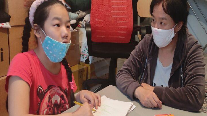 Девочке с ДЦП из Шымкента требуется помощь в реабилитации