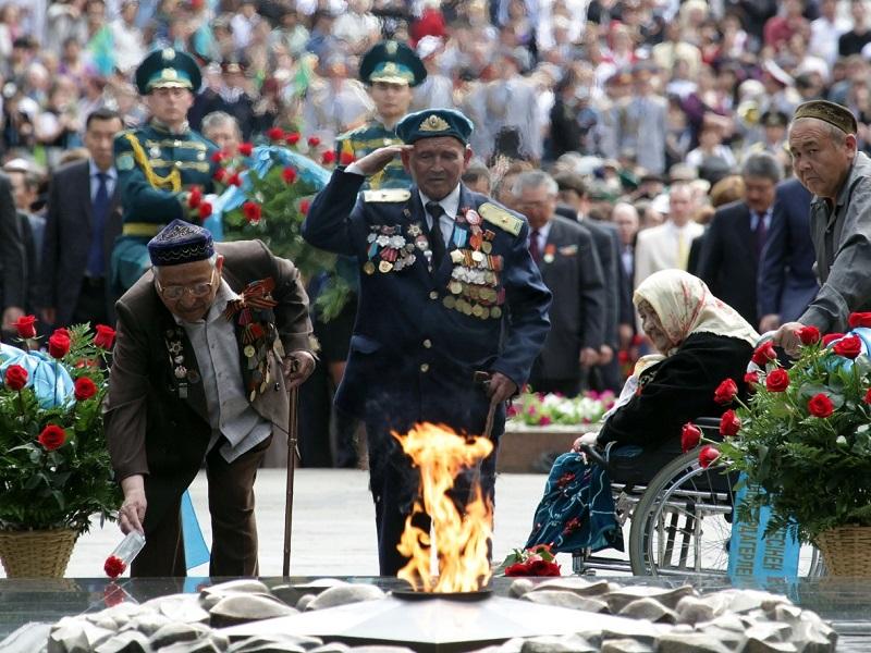 Двадцати ветеранам ВОВ вручили по миллиону тенге в Шымкенте