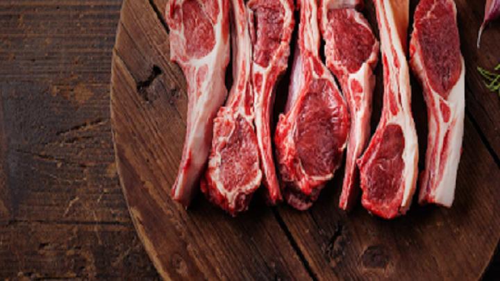 В Казахстане нуждающиеся семьи могут подать заявку на жертвенное мясо через сайт