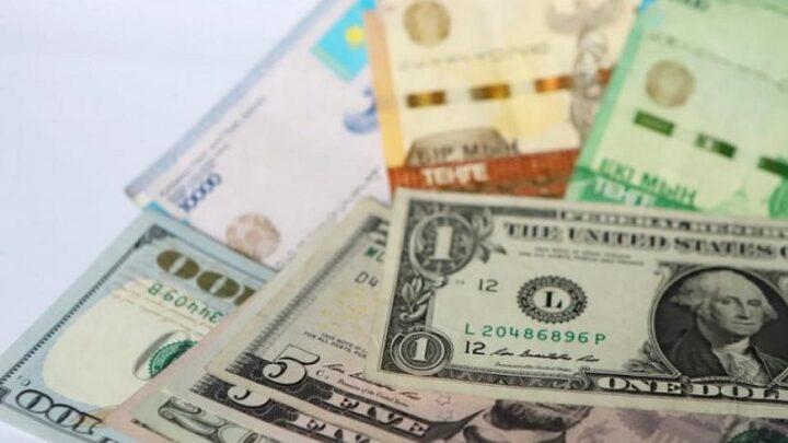 Тенге сдается под напором доллара