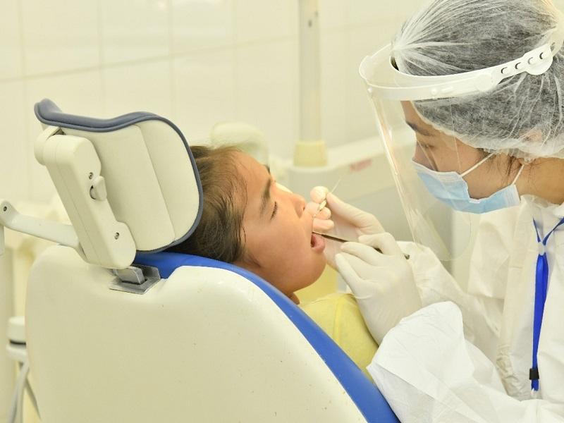 В Шымкенте стоматологическая клиника работает круглосуточно