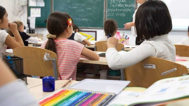 С января 2022 года цифровой грамотности будут обучать первоклассников в Казахстане